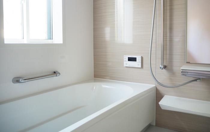 ヒートショック対策にも有効的な浴室暖房乾燥機付きのバスルーム