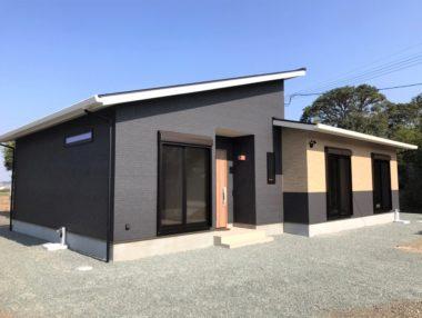 充実の収納スペースを確保したゆとり空間の平屋